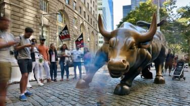 Photo of Wall Street bull sculpture