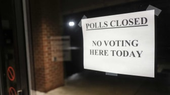 Photo of ad for poll workers