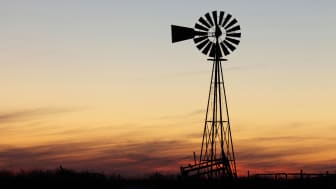 picture of windmill in Texas