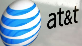 PARK RIDGE, IL - JULY 25:An AT&T logo is displayed on an AT&T truck July 25, 2006 in Park Ridge, Illinois. AT&T announced July 25 that its profits climbed 81 percent with the growth in wirele