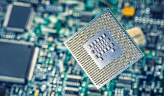 chip and circuit board