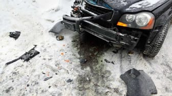 Photo of damaged car in winter