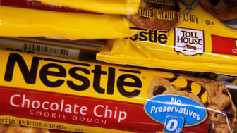 SAN FRANCISCO - JUNE 19:Packages of Nestle Toll House chocolate chip cookies are displayed on a shelf at Cal Mart Grocery June 19, 2009 in San Francisco, California. Nestle is voluntarily rec