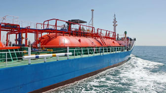 Natural gas transport ship voyage