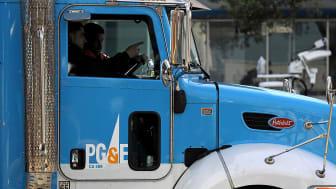 A PG&E service truck
