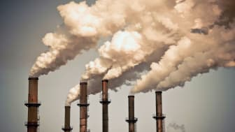 picture of factory smoke stacks