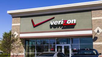 Ft. Wayne, US - September 19, 2016: Verizon Wireless Retail Location. Verizon is One of the Largest Technology Companies XI