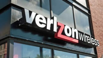 CHICAGO, IL - APRIL 20:A sign hangs outside of a Verizon store on April 20, 2017 in Chicago, Illinois. In the first three months of the year, Verizon wireless revenue fell 5 percent to $20.9