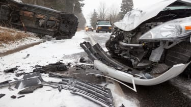 picture of a car crash on wintery roads
