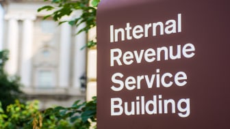 picture of sign outside IRS building