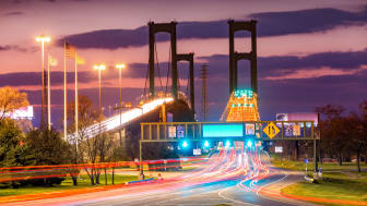 picture of Delaware Memorial Bridge at night