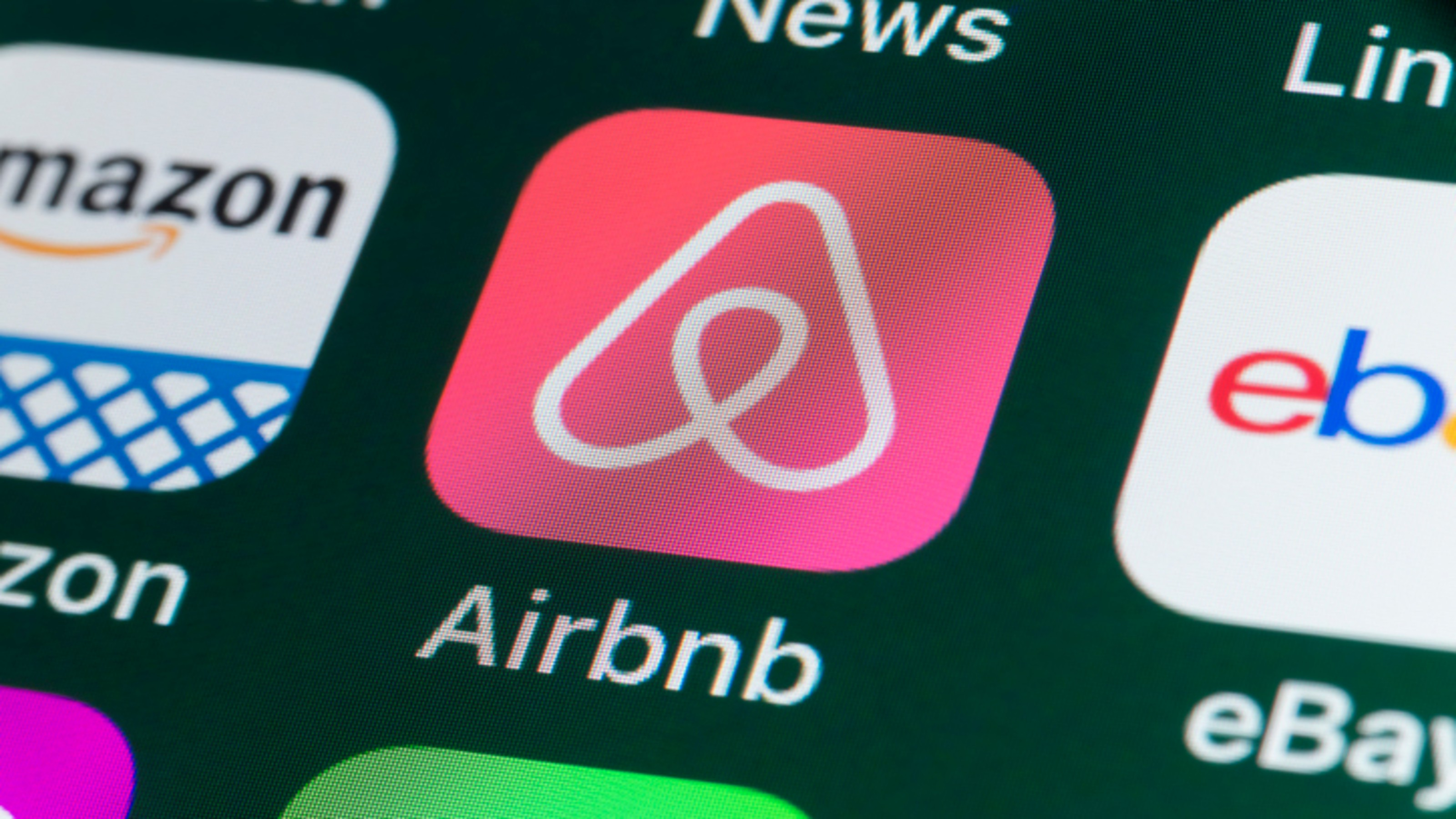 The Airbnb IPO Testbed Vegas
