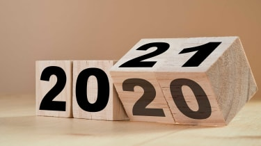 picture of numbers on blocks showing the year 2020 being changed to 2021