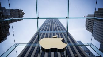 NEW YORK, NY - JUNE 17:The Apple logo is displayed at the Apple Store June 17, 2015 on Fifth Avenue in New York City. The company began selling the watch in stores Wednesday with their reserv