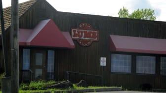 Exterior of a Lum's restaurant