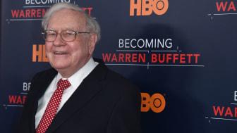 Warren Buffett on red carpet premiere