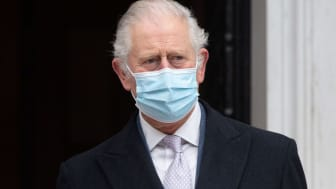 Prince Charles wears a pandemic face mask