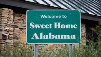 picture of welcome to Alabama road sign