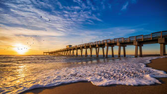 picture of fishing pier in Florida
