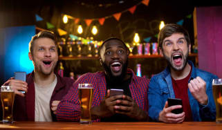 friends watching sports