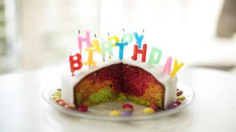 Geburtstag, Happy Birthday, Kuchen, Kerzen, Kindergeburtstag, 8 Jahre, Smarties, Deutschland, NRW, Oberhausen
