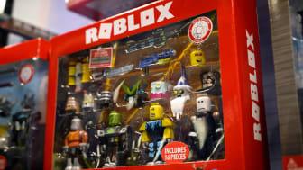 box of Roblox figurines