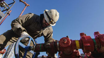 oil services worker