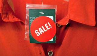 Picture of a sale sign on a garment