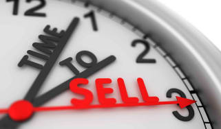 """A clock that literally says """"time to sell"""""""