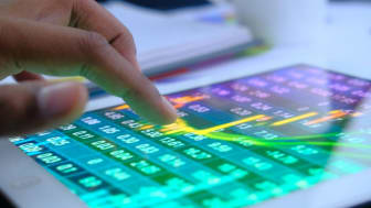 Reading the stock market on a tablet device
