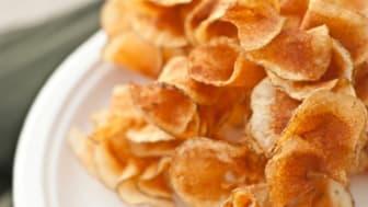Homemade thin potato chips