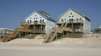 picture of two beach houses