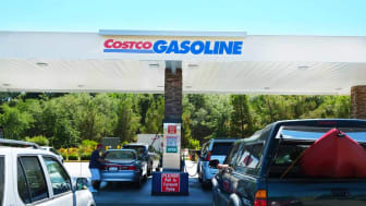 Cars lined up at a Costco gas station
