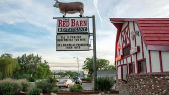 Exterior of a Red Barn Restaurants restaurant