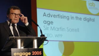 Sir Martin Sorrell addresses 450 marketers and advertisers at Engage 2005, the Internet Advertising Bureau's online advertising conference. Photo: Mark Terry-Lush, Renegadephoto.net