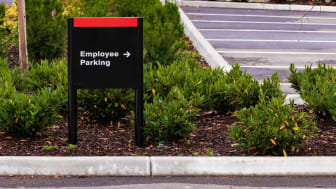 picture of sign for employee parking