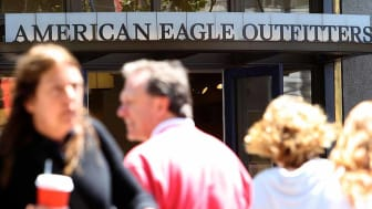 SAN FRANCISCO - AUGUST 09:People walk by an American Eagle Outfitters store August 9, 2007 in San Francisco. American Eagle reported a six percent decline in same-store sales for the month of