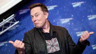 Elon Musk making a goofy pose