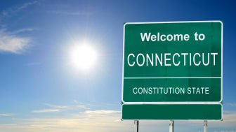 picture of welcome to Connecticut road sign