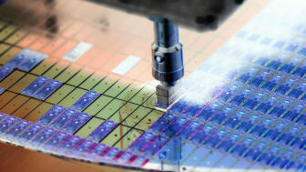 silicon wafer in semiconductor manufacturing machine
