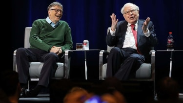 NEW YORK, NY - JANUARY 27: Bill Gates and Warren Buffett speak with journalist Charlie Rose at an event organized by Columbia Business School on January 27, 2017 in New York City. Gates and B