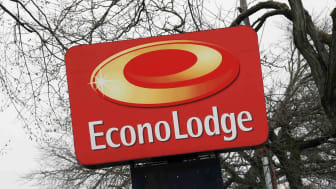 An Econo Lodge sign (Econo Lodge is owned by Choice Hotels)