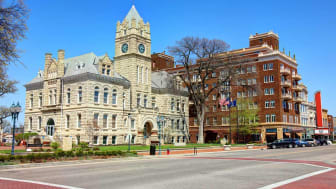 Manhattan is a city in northeastern Kansas in the United States at the junction of the Kansas River and Big Blue River