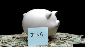 picture of piggy bank for IRA contributions