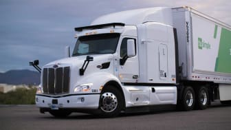 Photo of TuSimple Navistar autonomous semi-trailer