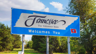 picture of welcome to Tennessee road sign