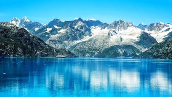 A mountain and lake scene