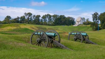 picture of cannons at Vicksburg, Mississippi
