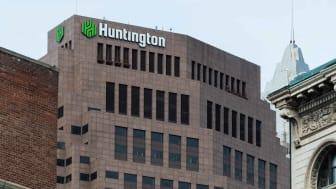 photo of Huntington Bank building