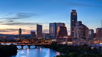 picture of skyline of Texas city at dusk